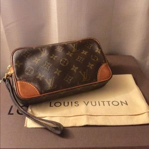 💯% Authentic Louis Vuitton Marly clutch Pm